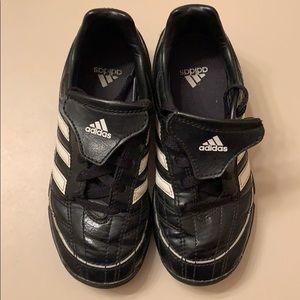 Kids Adidas Puntero Soccer Cleats Size 12